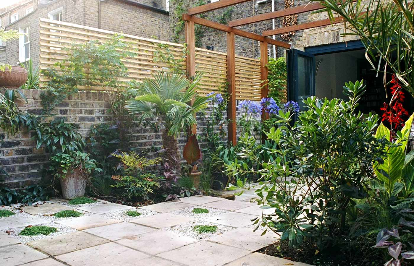 Courtyard garden design north london garden design for Courtyard landscape design