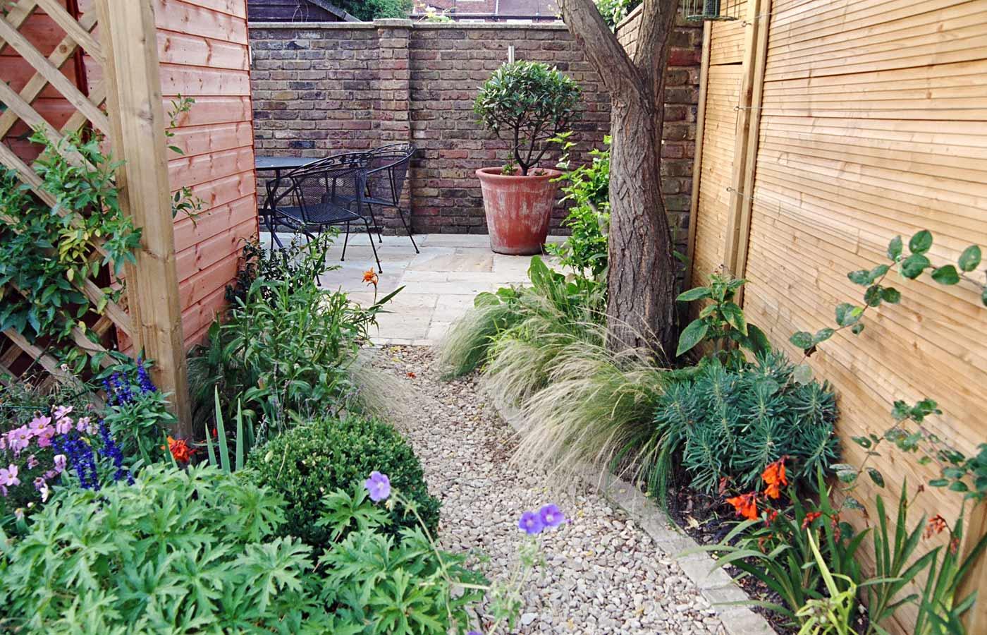Wandsworth Urban Garden Design: Urban Garden Design For A Long Garden