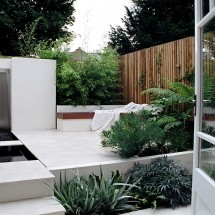 Small contemporary urban garden design
